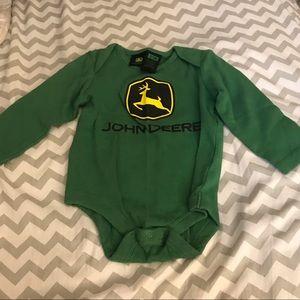 NWOT Green John Deere long sleeve bodysuit